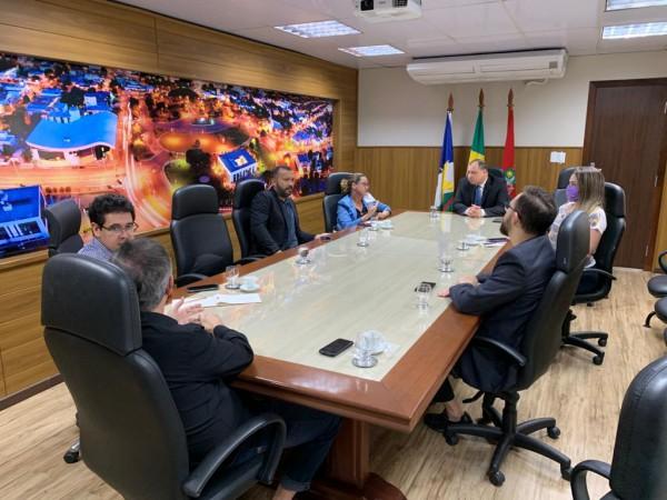 Reunião Comitê de Crise.